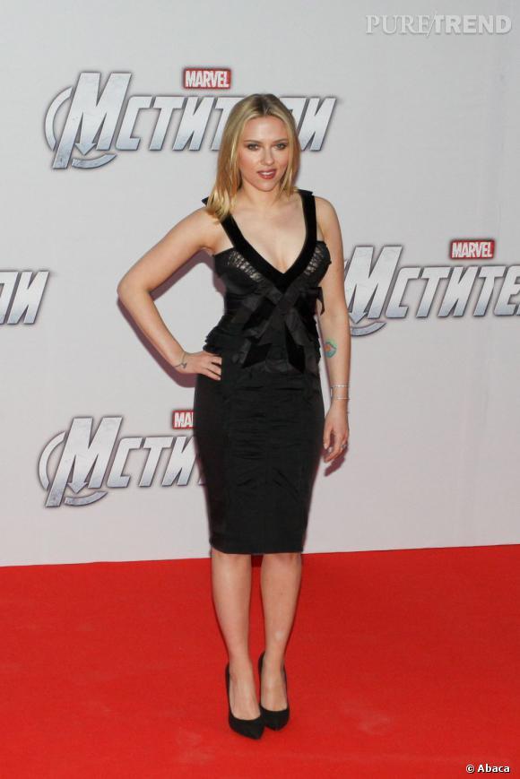 """Scarlett Johansson à Moscou pour l'avant-première du film """"Avengers""""."""