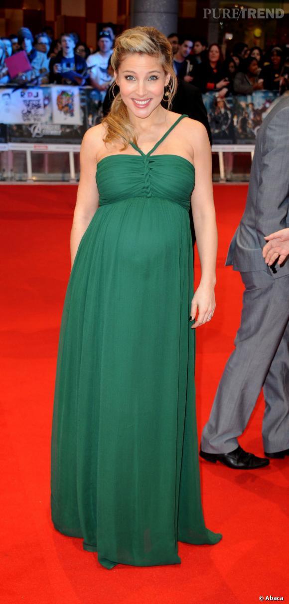 """Elsa Pataky à la première du film """"The Avengers"""" à Londres."""