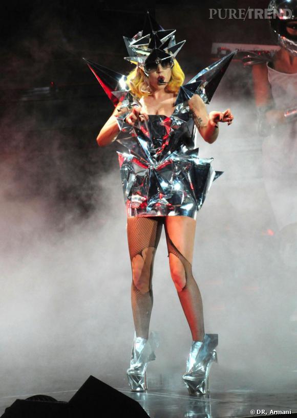 Lady Gaga préfère Giorgio Armani.