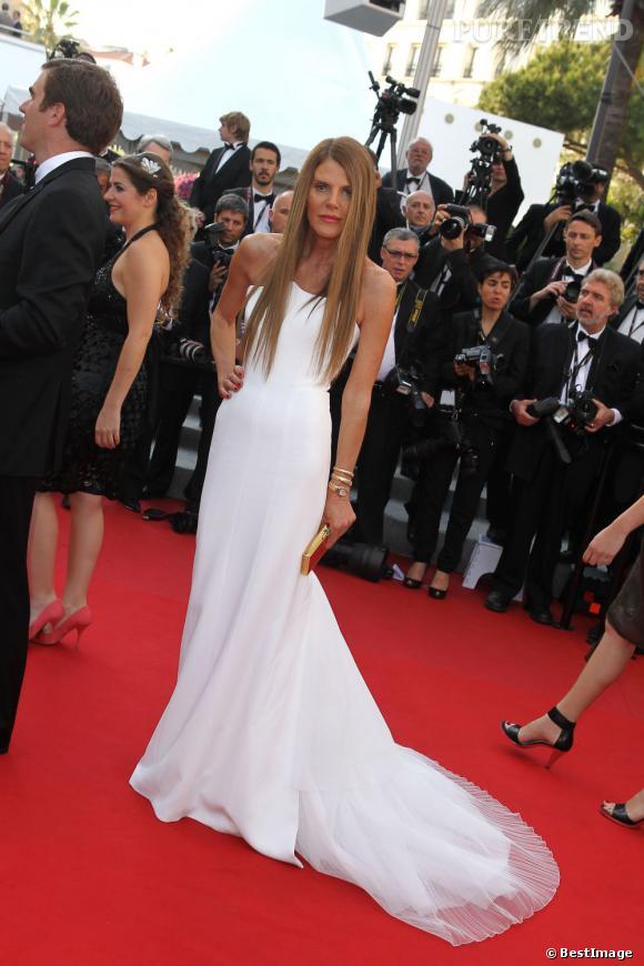 """Anna Dello Russo monte les marches pour le film """"The Paperboy"""" de Lee Daniels le 24 mai."""