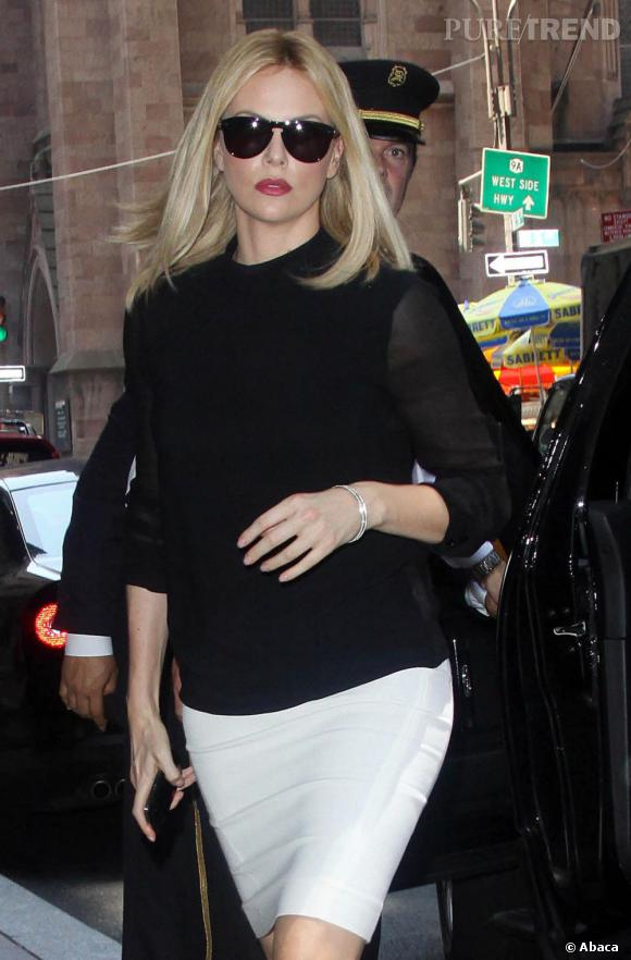 Charlize Theron, femme fatale à New York.