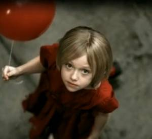 Rufus Wainwright - Across the universe avec Dakota Fanning.