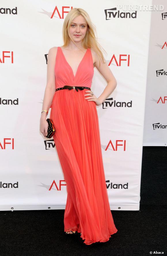Dakota Fanning à la soirée AFI Life Achievement Award mettant à l'honneur Shirley MacLaine à New York.