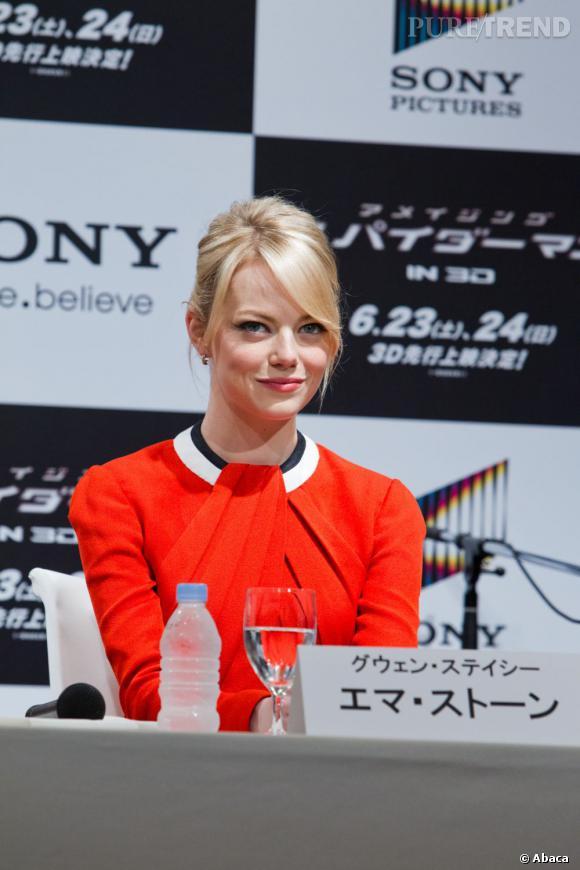 """Emma Stone lors de la conférence de presse du film """"The Amazing Spider-Man"""" à Tokyo."""