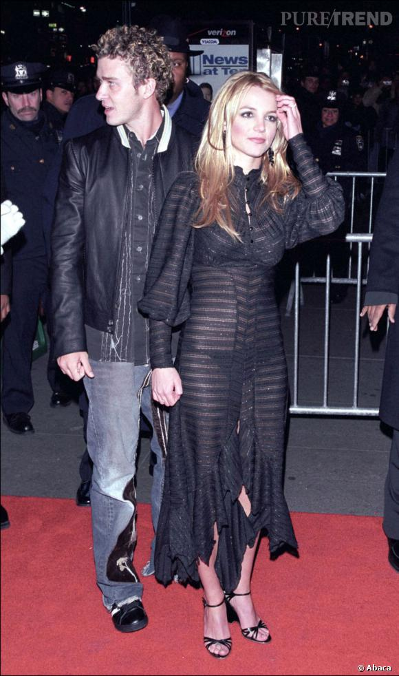 Britney Spears et Justin Timberlake ont plus de flop mode que de réussites... Ici, Britney mise un peu trop sur la transparence, tandis que Justin joue le bad boy