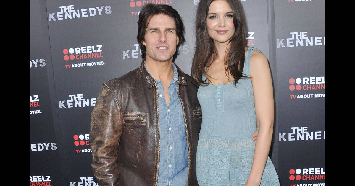 katie holmes et tom cruise la premi re de the kennedys film dans lequel katie jouait jackie. Black Bedroom Furniture Sets. Home Design Ideas