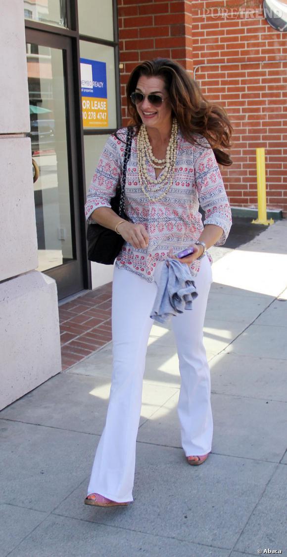 Brooke Shields dans les rues de Los Angeles.