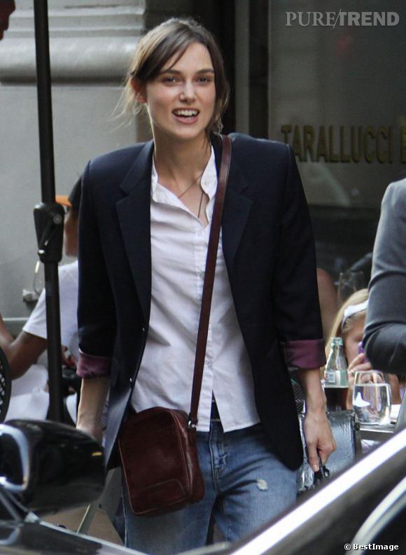 "Keira Knightley revisite le syle working girl façon tom boy sur le tournage de ""Can a song save your life"" à New York"