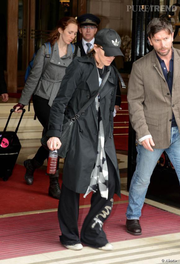 Arrivée à Paris pour son concert au Stade de France le 14 juillet, la Madone n'est plus que l'ombre d'elle-même