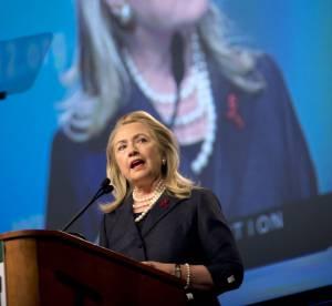 Hillary Clinton : un parcours politique haut en couleurs en 24 looks