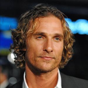 La tignasse blonde de surfeur de Matthew McConaughey l'a fortement aidé à se forger une réputation de bel homme.