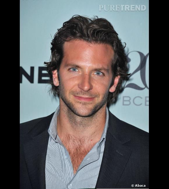 le beau gosse bradley cooper a toujours arbor une coupe. Black Bedroom Furniture Sets. Home Design Ideas