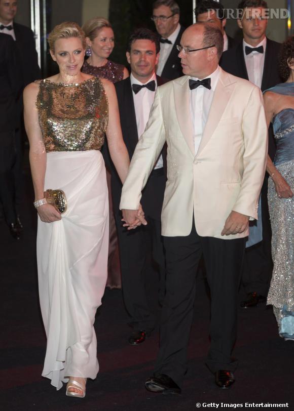 Charlene Wittstock et son époux, le Prince Albert de Monaco lors du 64ème Gala de la Croix Rouge.