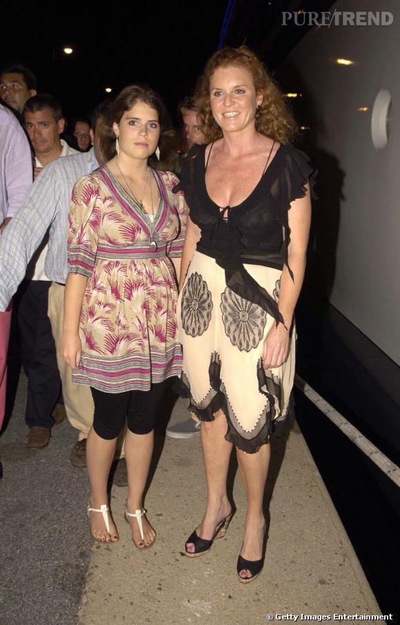 Le pire de la Princesse Eugenie :  Legging + tunique large ? Autant le dire, ce n'est pas flatteur.
