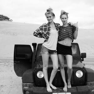 Candice Swanepoel a le swag.