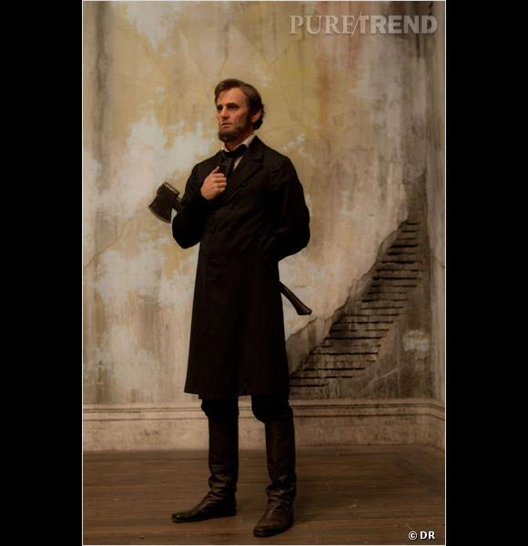 """Dans """"Abraham Lincoln : Chasseur de Vampires"""",  Benjamin Walker  joue un Lincoln plus... étrange."""