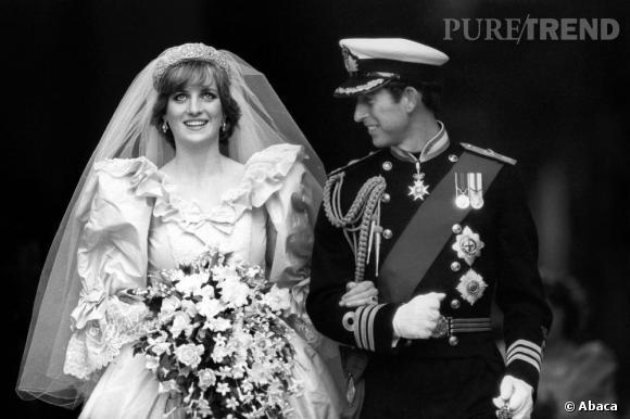 """""""Diana m'a seulement épousé pour pouvoir griller les feux rouges en toute légalité"""" a plaisanté un jour le Prince Charles. Pourtant, même si quand on lui demandé si elle était amoureuse elle répondait """"bien sûr"""", tout le monde avait des doutes. Un mariage arrangé ? C'est certain affirment les proches de Buckingham. Le Prince Charles était donc avec Camilla dès le début."""