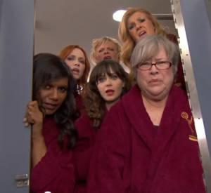 La fameuse vidéo d'ouverture des Emmy Awards prenait place cette année... dans les toilettes !