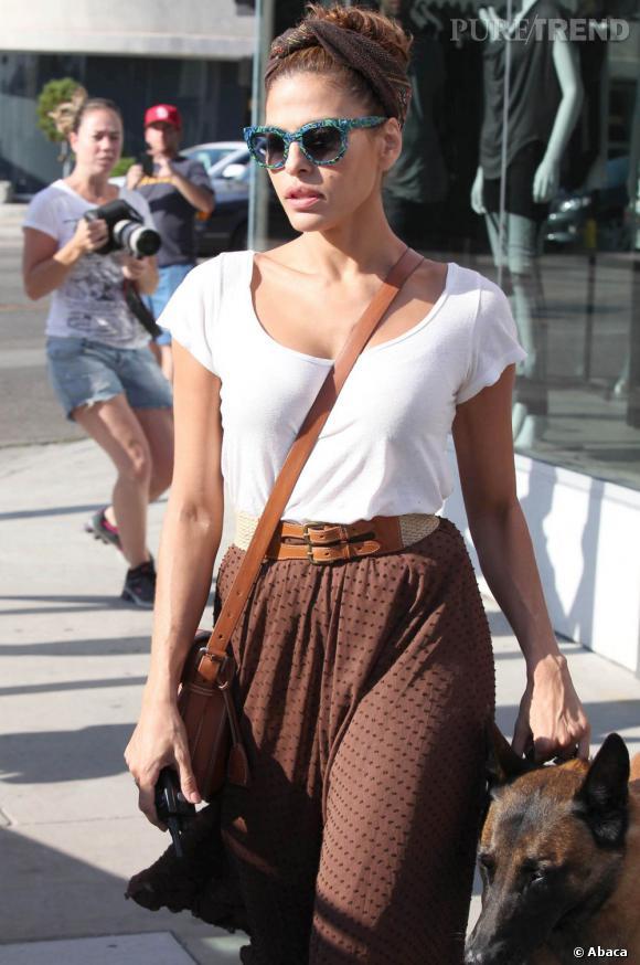 Eva Mendes porte le modèle Obsessy.