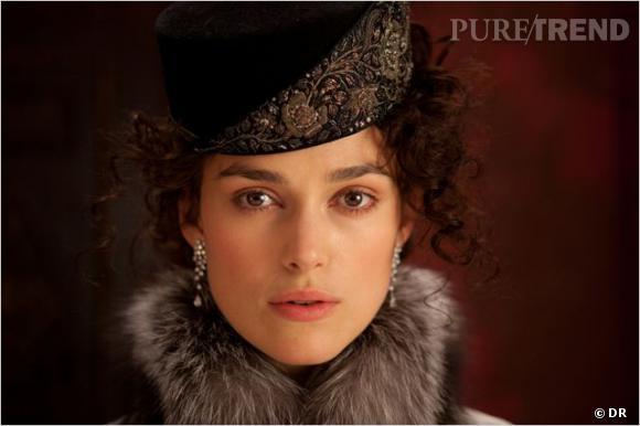 """Fourrures, chapeau, manteau long : Banana Republic s'inspire du film """"Anna Karenine"""" pour sortir une collection de 56 pièces."""