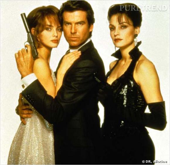 Film : GoldenEye   Qui ? Pierce Brosnan entouré d'Izabella Scorupco et Famke Janssen.   Année : 1995.