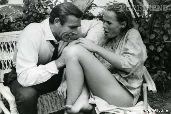 Film : James Bond contre Dr. No.   Qui ? Sean Connery et Ursula Andress.   Année : 1962.