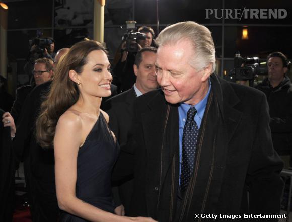 Jon Voight et Angelina Jolie, une relation père-fille difficile.
