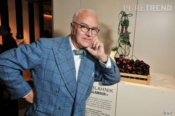 """Manolo Blahnik lors de l'inauguration de l'exposition """"40 ans de Manolo Blahnik"""" au Printemps en octobre dernier."""