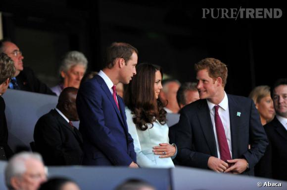 Les rumeurs allaient de bon train cet été, mais cette fois c'est sûr : Kate Middleton est enceinte.