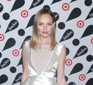 Kate Bosworth vs Leslie Mann : la robe au decollete transparent Emilio Pucci