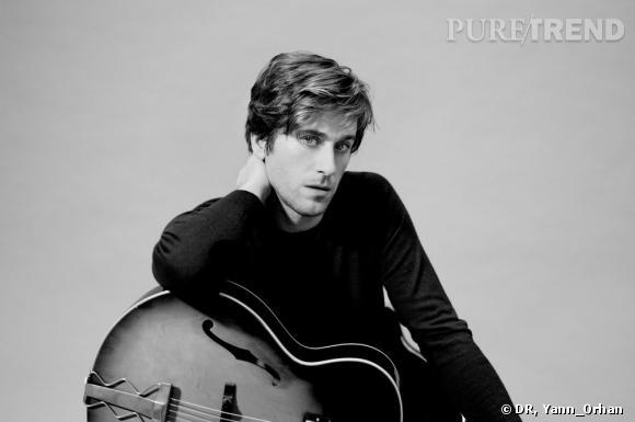 Thomas Dutronc, le charme de la simplicité et de l'élégance pour Cerruti.