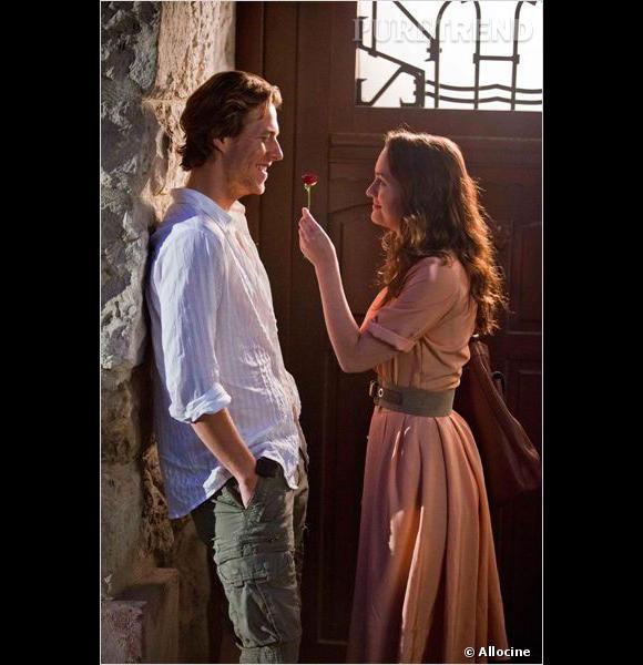 """Luke joue le Prince Charmant de Leighton Meester dans """"Bienvenue à Monte Carlo""""."""