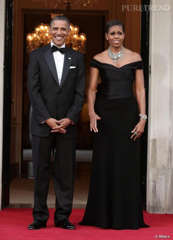 Michelle Obama aime les robes qui dénudent les épaules.