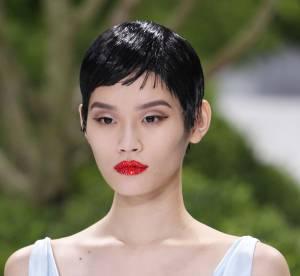 Vu sur les défilés : La bouche cristal chez Christian Dior