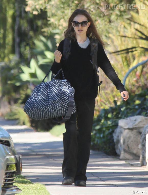 Natalie Portman dans les rues de Santa Monica ne fait aucun effort.