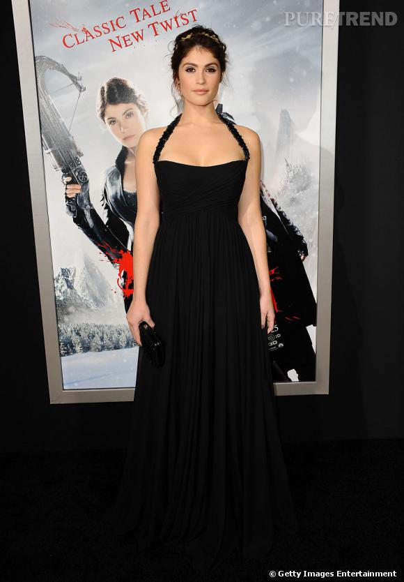 """Gemma Arterton lors de la première de """"Hansel & Gretel : Witch Hunters"""" à Los Angeles porte une robe Gucci."""