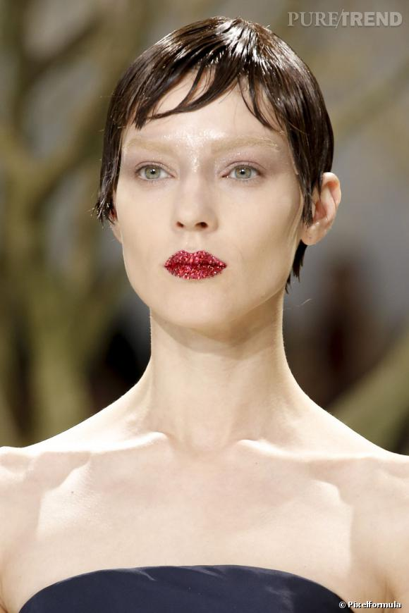 La bouche cristal du défilé Dior Haute Couture Printemps-Eté 2013