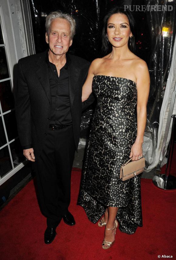 Catherine Zeta-Jones viendra accompagnée d'un(e) ami(e) aux Oscars 2013, Michael Douglas ayant préféré rester chez lui pour se reposer.