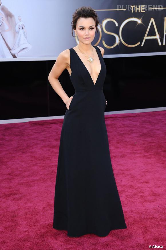 Samantha Barks aux Oscars 2013 en Valentino.