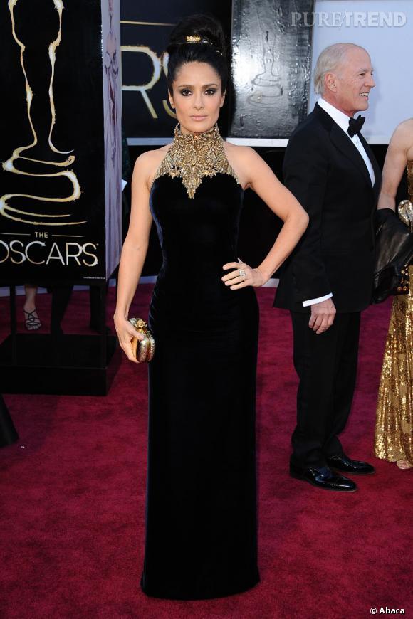 Salma Hayek aux Oscars 2013 en Alexander McQueen.