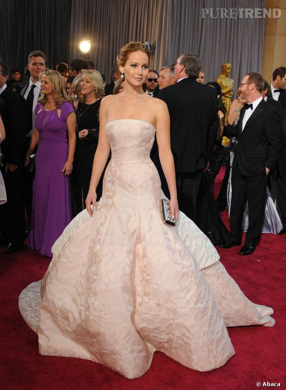Jennifer Lawrence aux Oscars 2013 en Christian Dior.