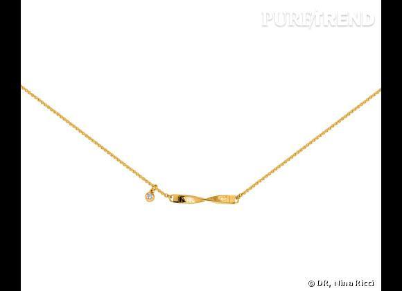 """Nina Ricci Printemps-Été 2013.        Collier ras de cou collection """"Tulipe"""" en plaqué or, 179€ ou en argent massif, 199€."""