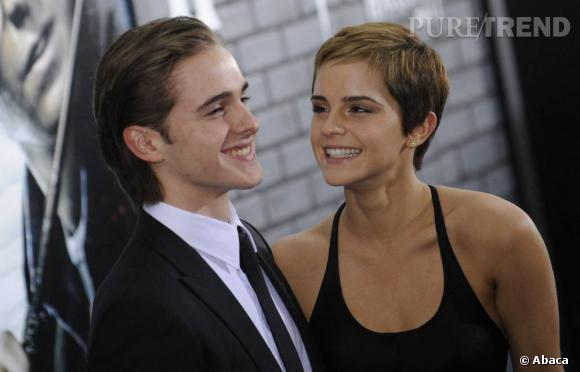 """Alex et Emma Watson, complices pour l'avant-première de """"Harry Potter""""."""