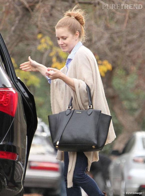 Le nouveau it-bag d'Amy Adams : le Miranda Tote de Michael Kors