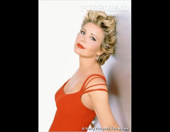 """Rétro beauté Les Feux de l'Amour :  Nikki Newman et un brushing 80's digne de Madonna période """"True Blue""""."""