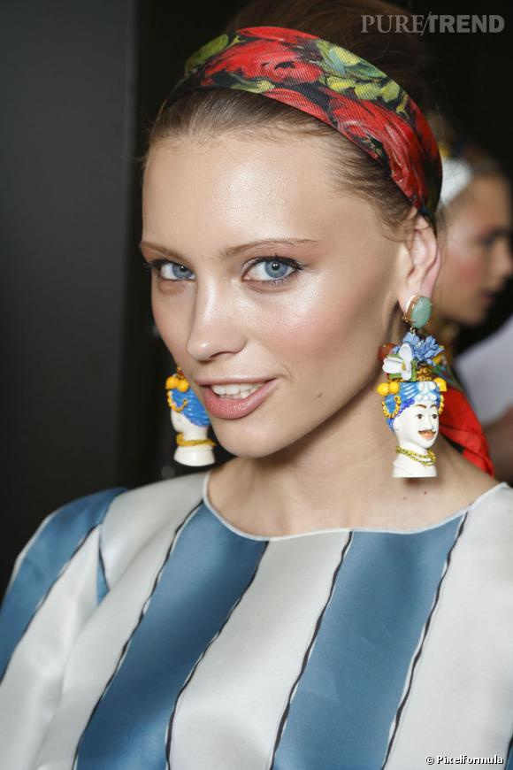 Le foulard Défilé Dolce & Gabbana Printemps-été 2013.