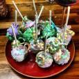 Anna Kendrick boude les oeufs et préfère faire des cakepops de Pâques !