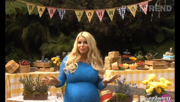 Jessica Simpson, très fière de sa baby shower sur le thème de Tom Sawyer !