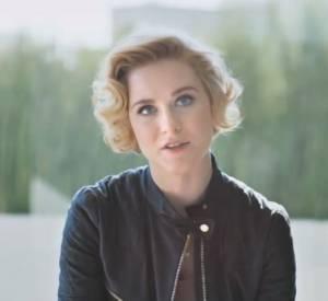 Evan Rachel Wood dans la vidéo Chime for Change.