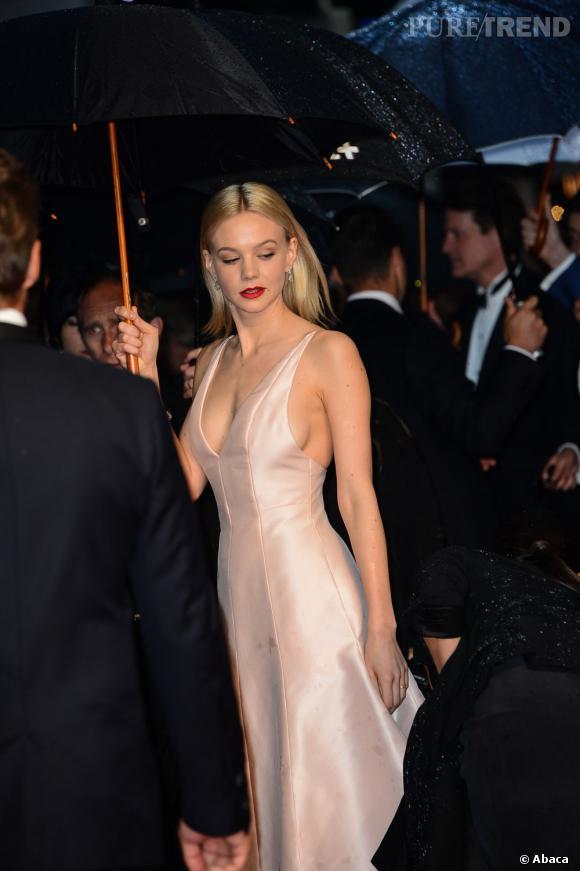 Carey Mulligan poupée de porcelaine sexy lors de la cérémonie d'ouverture du 66e Festival de Cannes.